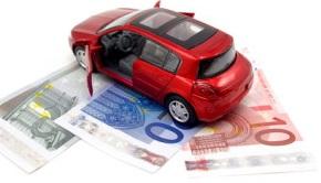 nauda pret automašīnu
