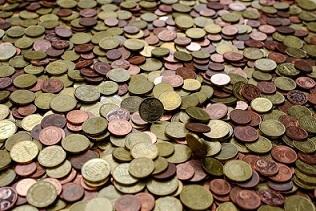 Pērn bankas nopelnījušas 450 miljonus eiro
